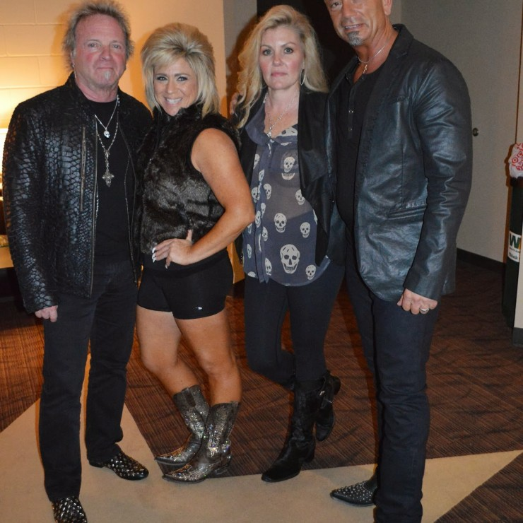 how to get on theresa caputo waiting list